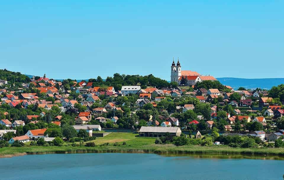 Üdülés Magyarországon, avagy kimozdulás a rejtett szépségek birodalmába!